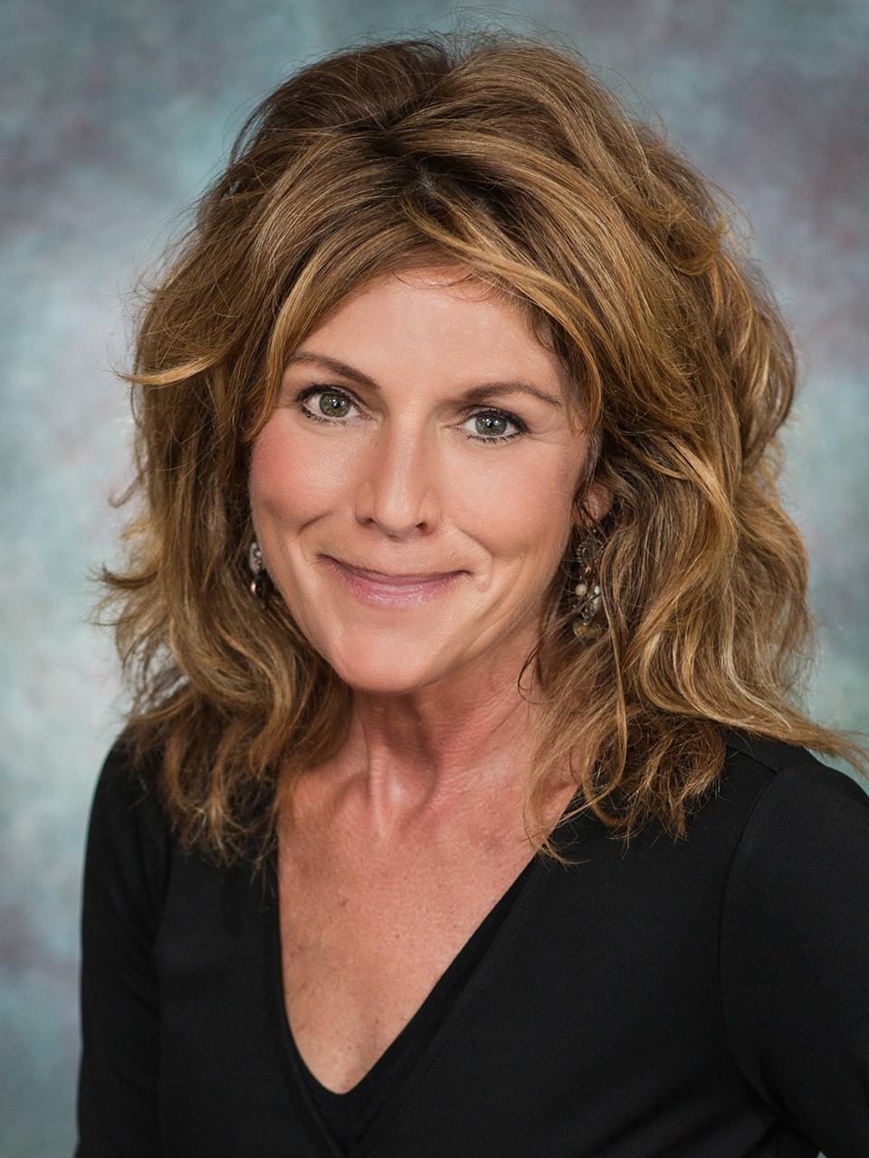 Linda A Murphy