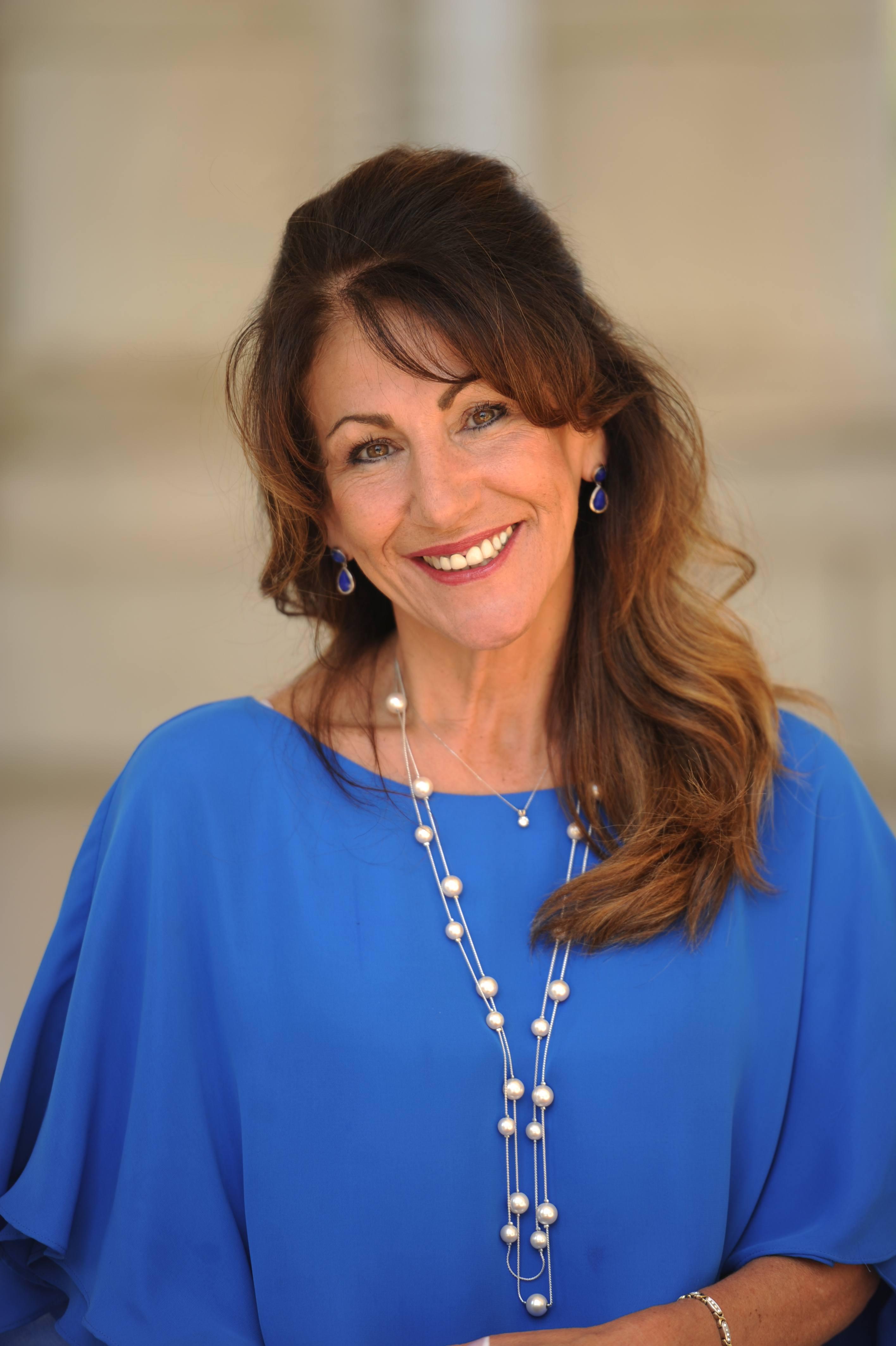 Lisa Lessard